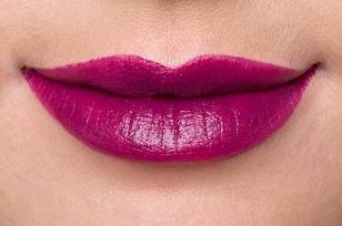 plum-lipstick-review